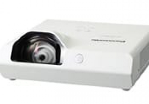 projektory123.pl-3300-ansi-lumen-short-throw-projectal-rental-in-warsaw-poland
