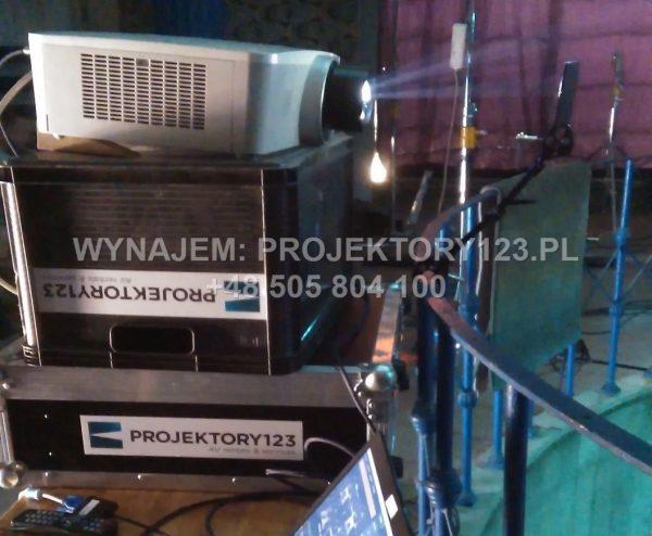 Wynajem projektora eventowego 6000 ANSI, zmienna optyka - obsługa planu filmowego