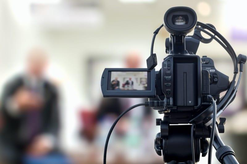 Wideofilmowanie / transmisje LIVE / nagrywanie konferencji
